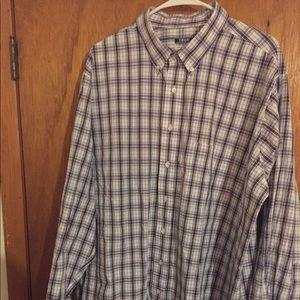 Men's Izod long sleeve dress shirt.